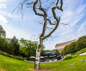 Artificial tree created by Roxy Paine, Washington, D.C. - DREAMSTIME