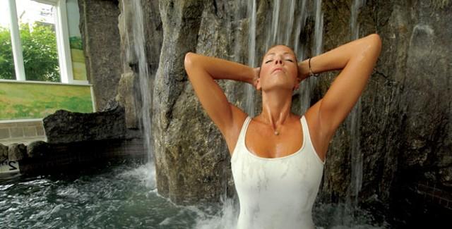 Bingham Hydrotherapy Waterfalls at Stoweflake Spa - JEB WALLACE-BRODEUR