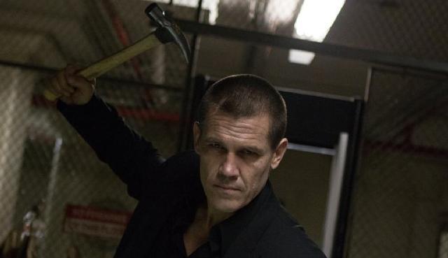 Brolin raises the hammer. - FILMDISTRICT