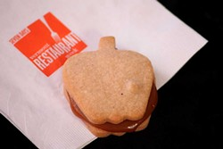 Caramel apple cookie, Vermont Mooniight Cookies - MATTHEW THORSEN
