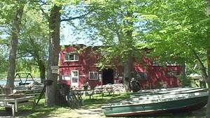Charlie's Boathouse [SIV177]