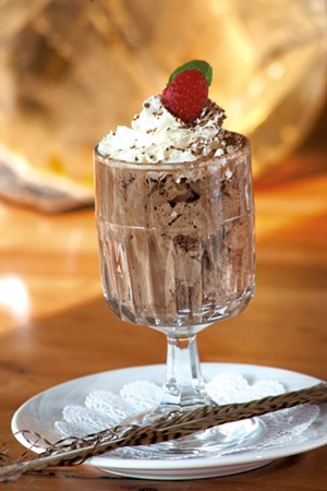 Chocolate mousse - MATTHEW THORSEN