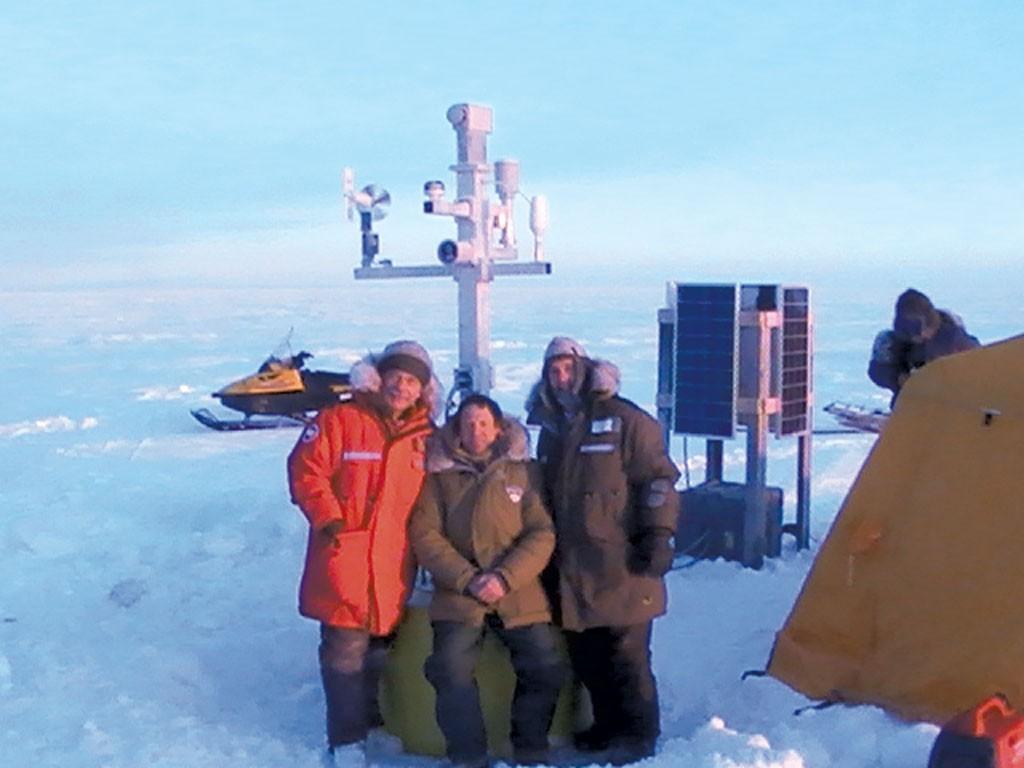 Chris Williams (center) with CRREL team deploying