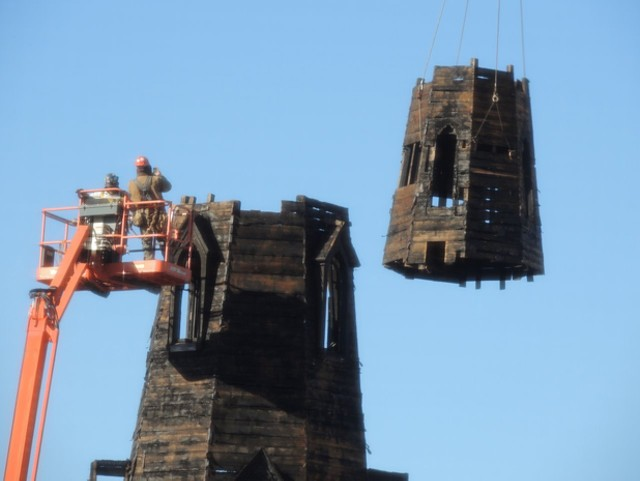 Deconstruction of the College Street Congregational Church steeple