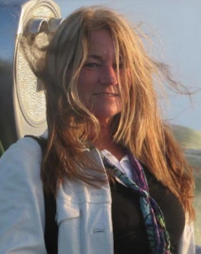 Donna Lee (Navin) Beaudoin