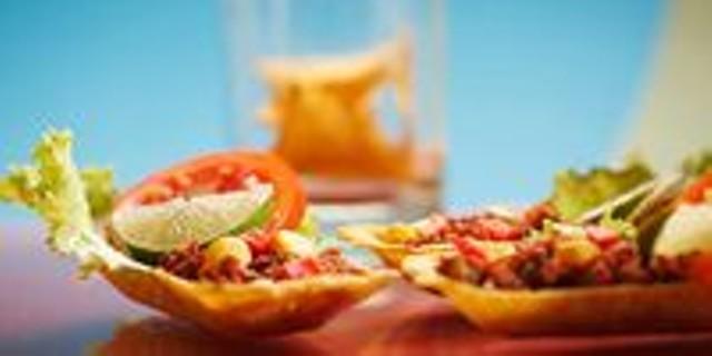 el-gato-cantina-nachos.jpg