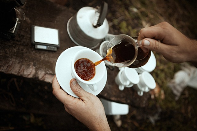 Field-testing Honduran coffee (A Film About Coffee) - AVOCADOS & COCONUTS PRODUCTIONS