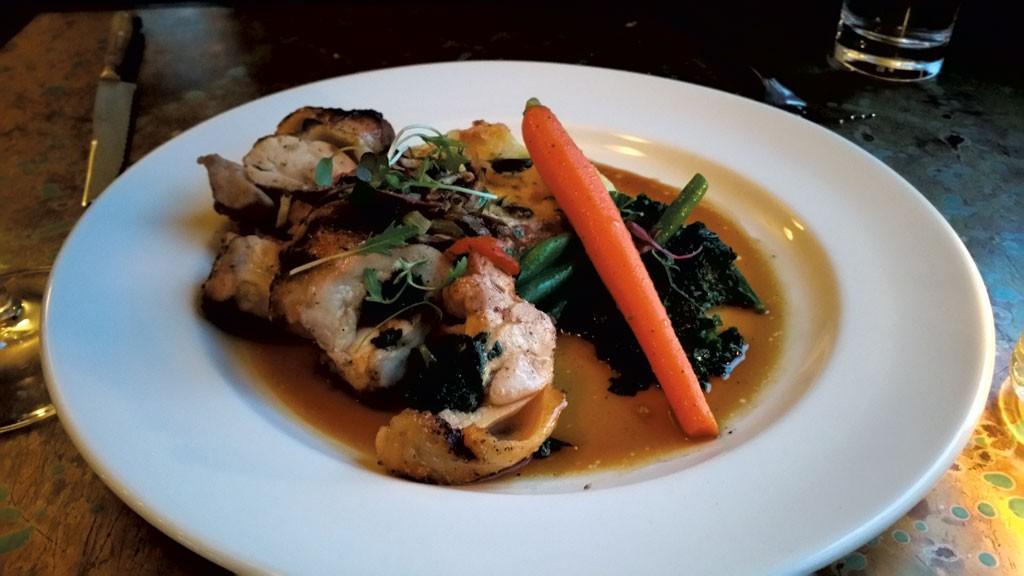 Grilled chicken roulade - ANDREA SUOZZO