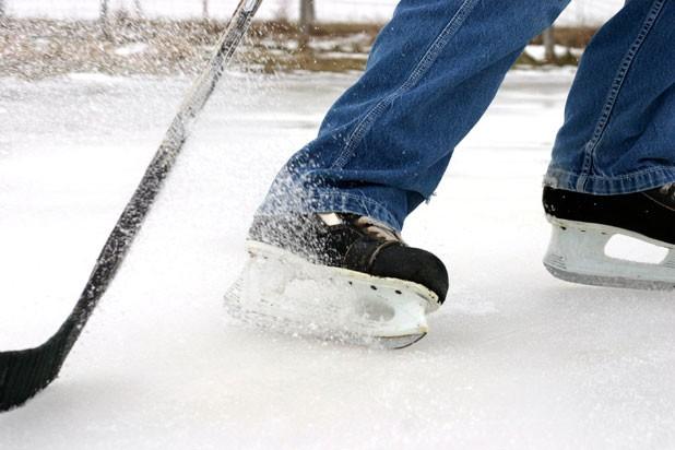 f-pondhockey.jpg