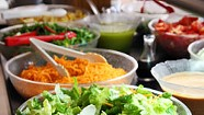 """WTF: Is """"Salad-Bar Syndrome"""" a Real Thing?"""