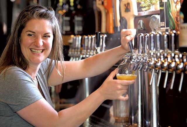 Kate Wise (Best Bartender, 2014) - JEB WALLACE BRODEUR