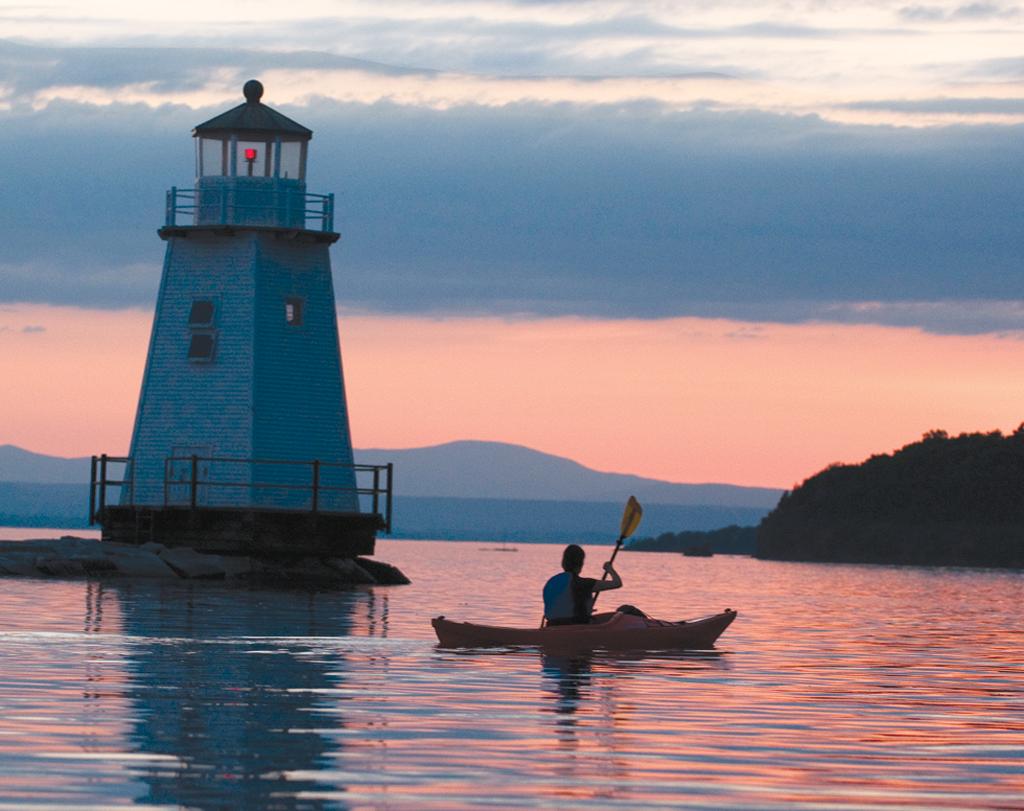 Kayaking on Lake Champlain in Burlington - CALEB KENNA