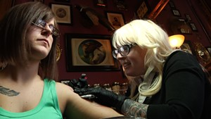 Lila The Tattoo Lady [SIV350]