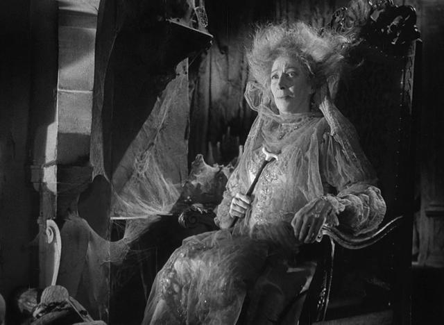 Martita Hunt as Miss Havisham - UNIVERSAL PICTURES