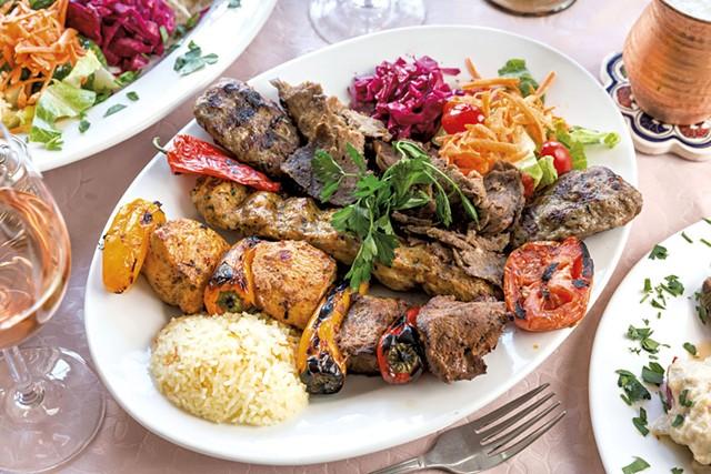 Mixed grill kebab - OLIVER PARINI