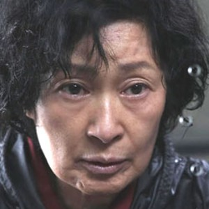 MOTHER 'N' LAW Kim Hye-ja plays a  widow who fights to save her son when police arrest him for murder.