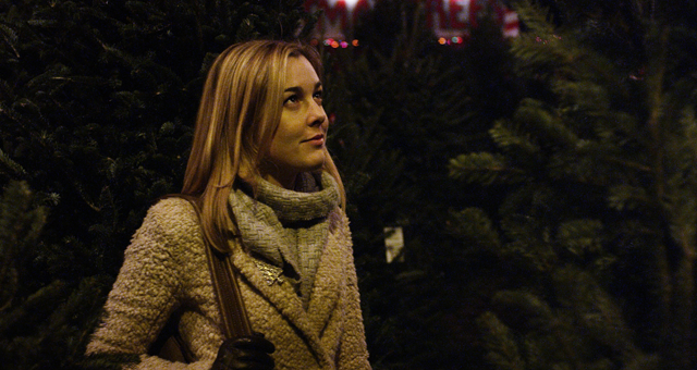 Can tinsel really make you feel better? - IFC FILMS