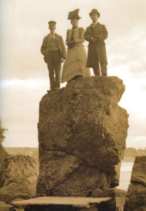 Mrs. Irving Kennedy and friends at  Lone Rock Point  in Burlington, circa 1890