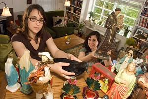MATTHEW THORSEN - Nicolette and Michelle Parchini in a client's home