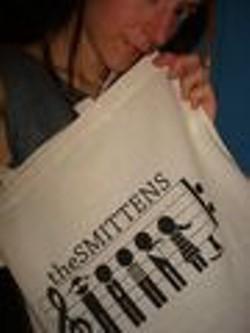 the_smittens_handbag.jpg