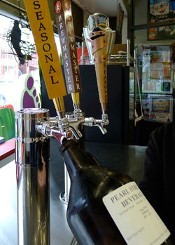 Pearl Street Beverage growler bar