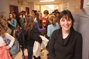 MATTHEW THORSEN - Principal Beth O'Brien in the hall between classes at Montgomery Elementary School