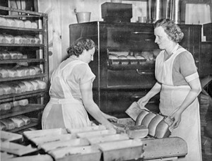 Ruth Powell and Florence Hitchcock - COURTESY OF CAMBRIDGE HISTORICAL SOCIETY