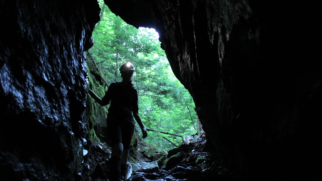 caving1.jpg