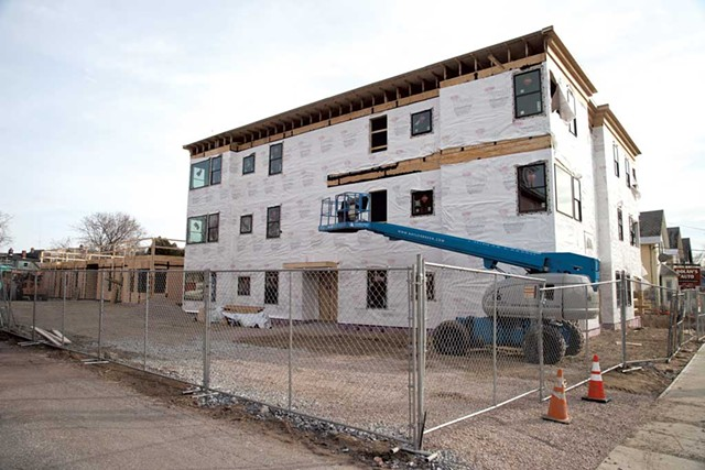 Silversmith Commons, April 2014