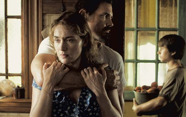 STOCKHOLM FOR THE HOLIDAY Brolin and Winslet grow close over the course of movie history's corniest hostage crisis in this melodramatic dud from Jason Reitman.