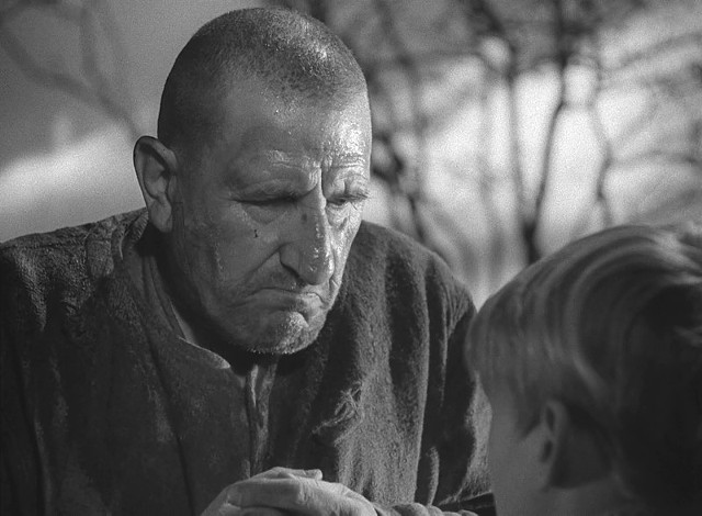 The great Finlay Currie as Magwitch - UNIVERSAL PICTURES