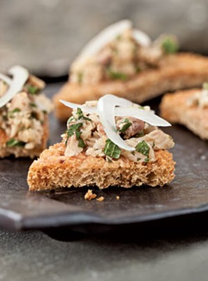 Tomato Toast With Sardines and Mint