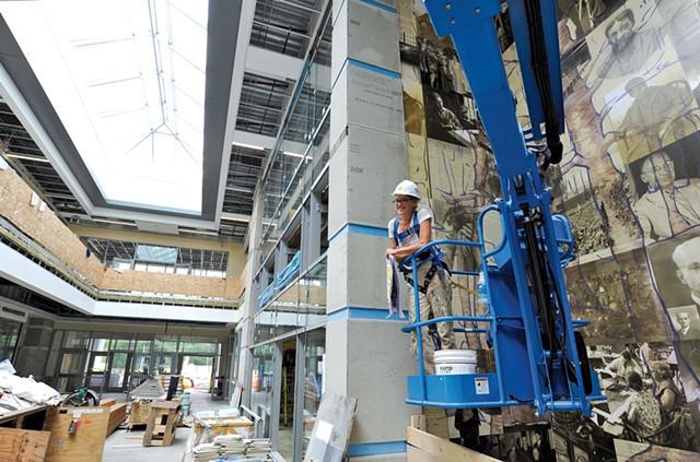 Sarah-Lee Terrat working on her atrium - JEB WALLACE-BRODEUR