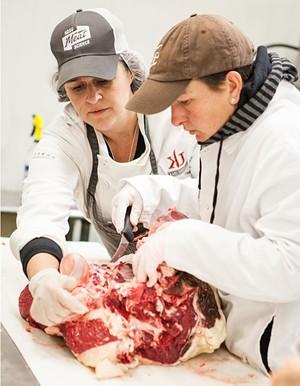 Kari Underly (left) teaching former Vermont farmer, Fiona Harrar - COURTESY OF JILLIAN CURRAN PHOTOGRAPHY