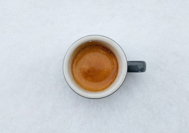 Coffee on snow - PROVIDED BY ONYX TONICS