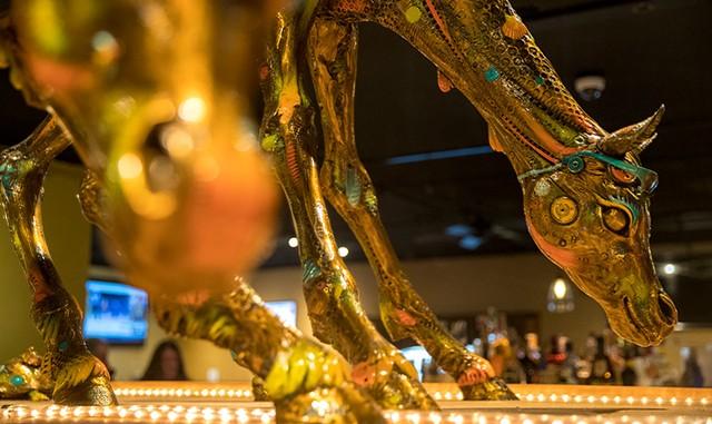 The bronze horse sculpture by Nano Lopez - JAMES BUCK