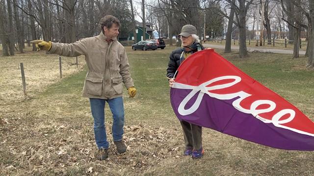 Bill Parkhill and Kate Pond with kite - COURTESY OF KATE POND