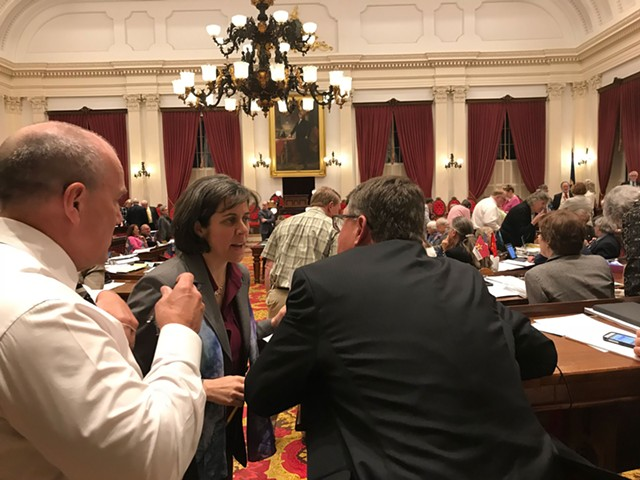 House Speaker Mitzi Johnson confers with Republican leader Don Turner. - TAYLOR DOBBS