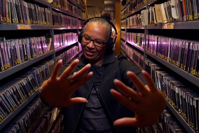 DJ Melo Grant, 'Cultural Bunker' on WRUV 90.1 F, 2017] - MATTHEW THORSEN
