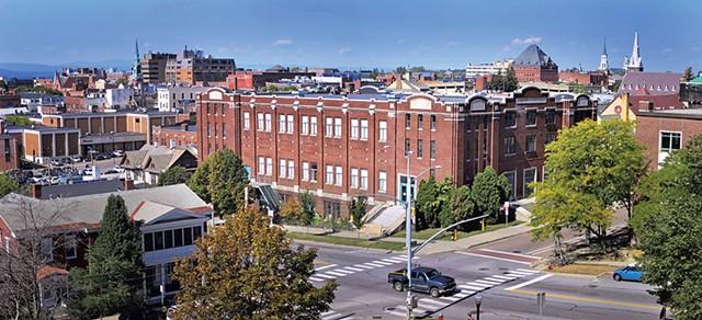 Memorial Auditorium - FILE: MATTHEW THORSEN
