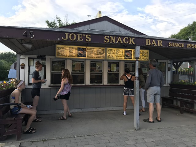 Joe's Snack Bar - SALLY POLLAK