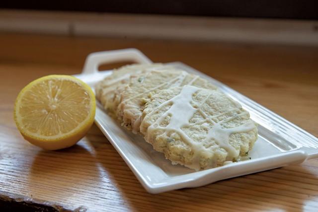 Lemon-basil shortbread cookies - JAMES BUCK
