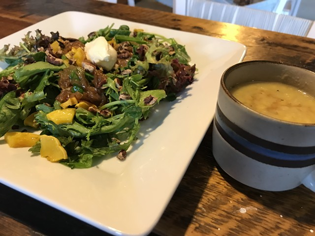 Early autumn lunch at Nomad Coffee in Burlington - SALLY POLLAK