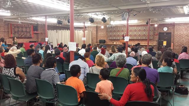 Information session on voter rights at Old North End Community Center in Burlington - KYMELYA SARI