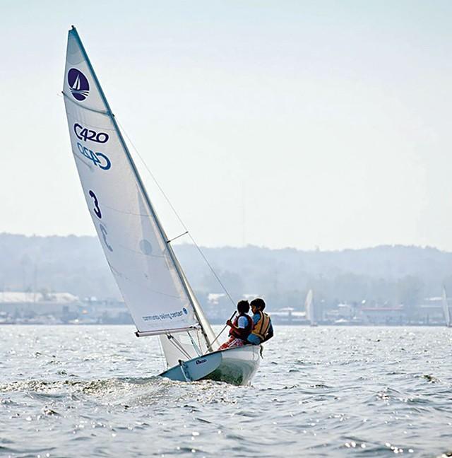 04-outdoors-sailing.jpg