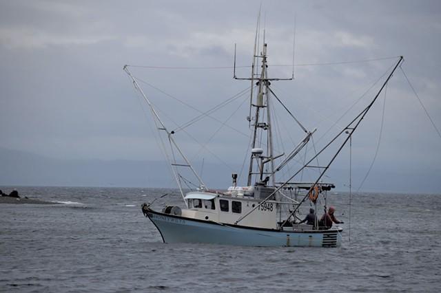 The Honeywilya fishing boat - JEB WALLACE-BRODEUR