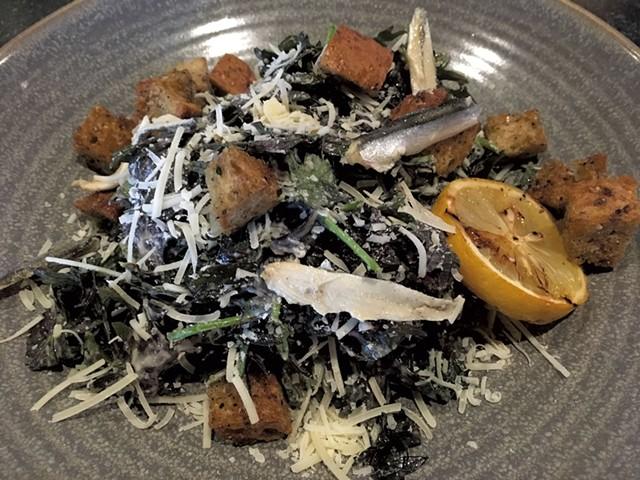 Baby kale Caesar salad - MELISSA PASANEN