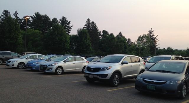 The Grateful Dead parking lot scene in South Burlington — lean on revelry but high on gas mileage - KEN PICARD