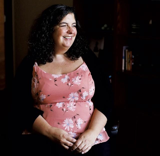 Karen Gray - SARAH PRIESTAP