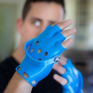 croc-gloves-3-small.jpg